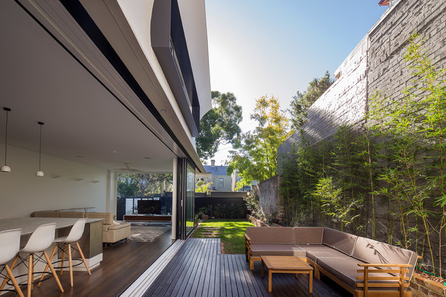 Newtown contemporary courtyard sydney by ambient for Outdoor furniture yatala