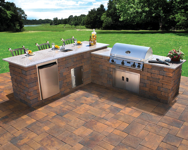 Nicolock outdoor kitchen and grill contemporary patio for Outdoor kitchen wall ideas