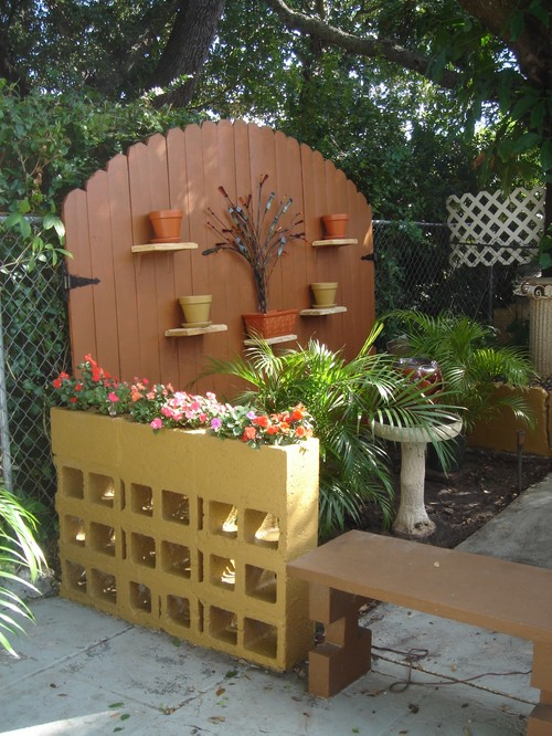 Cinder block planter - Deco de jardin originale ...
