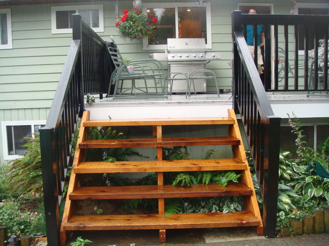 North Vancouver Cedar Stairs amp Wood Style Aluminum  : traditional patio from www.houzz.com size 640 x 480 jpeg 111kB