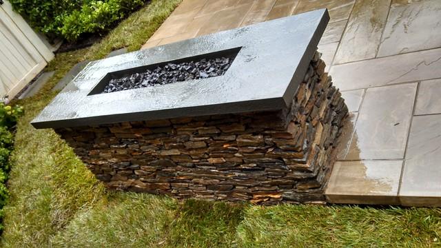 NY-Inspired Landscape Design in VA contemporary-patio