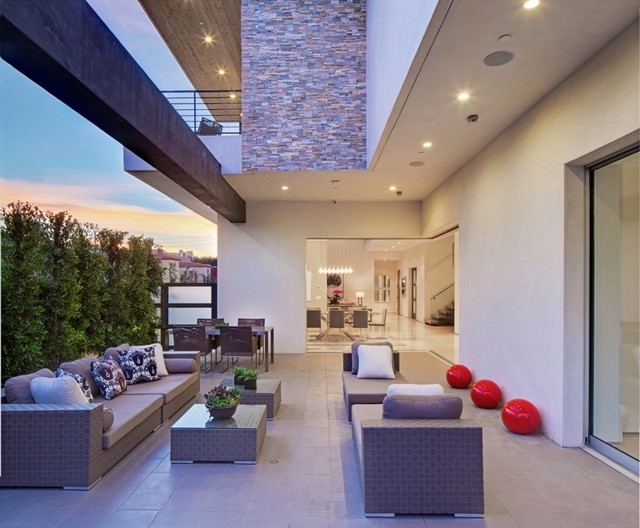 Oakwood Project contemporary-patio