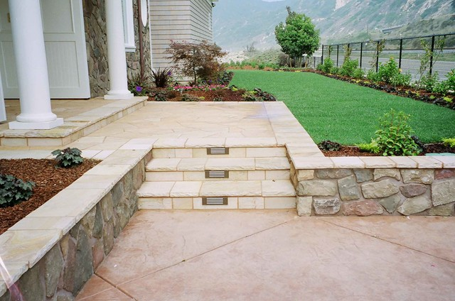 Oceanside Patio Project Front Yard Accent Stairs 1