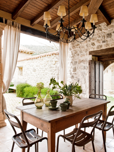 Old country school mediterranean patio other metro - Patio interior decoracion ...