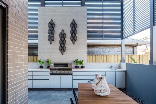 Oran Park - Contemporary - Courtyard - Sydney - by polytec