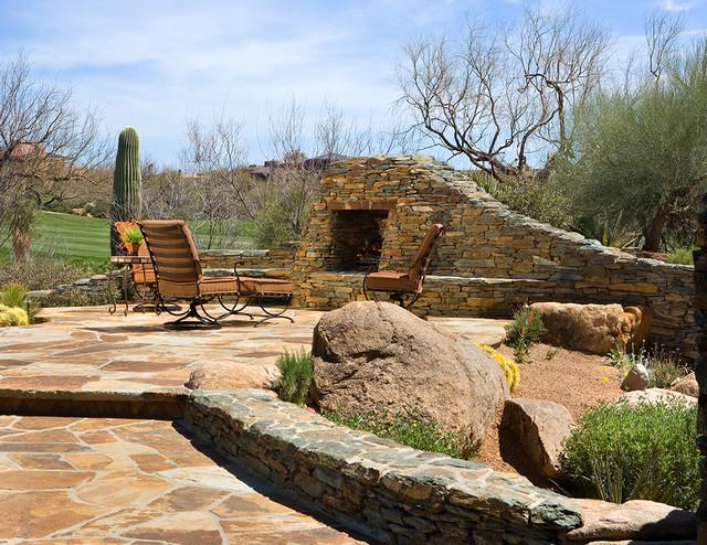 Organic Southwest mediterranean-patio