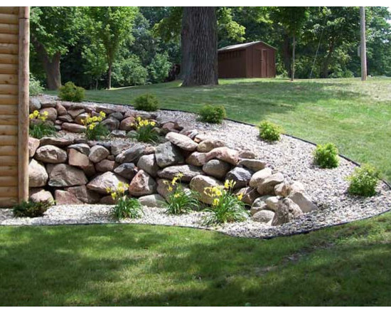 Landscaping Ideas For Uneven Yard : Traditional specialty xeriscape patio design ideas pictures remodel decor
