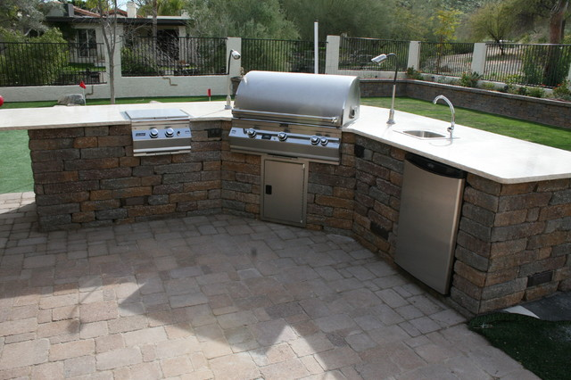 Outdoor BBQ contemporary patio