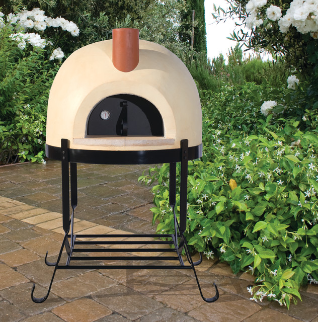 Outdoor Dining   Pizza Oven Patio
