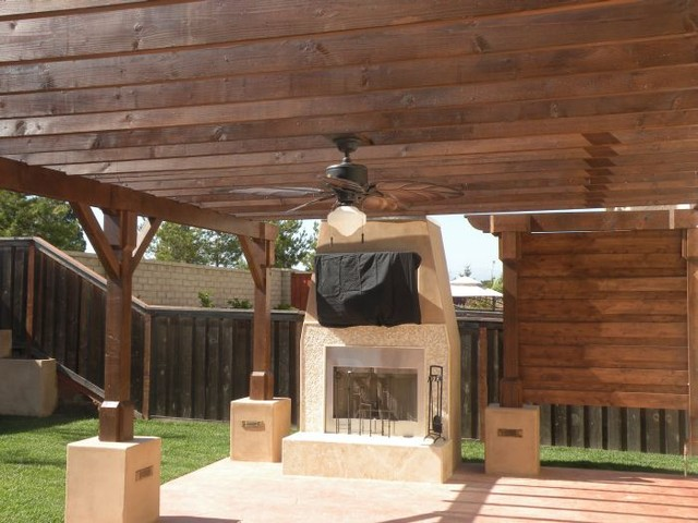 Outdoor Fireplace And Wet Bar