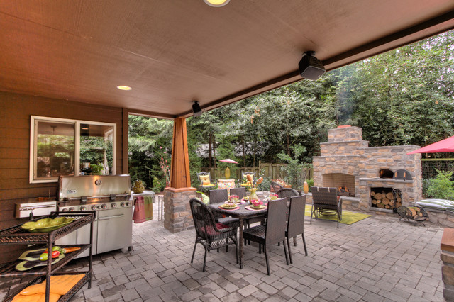 Outdoor Fireplace With Pizza Oven Rustic Patio