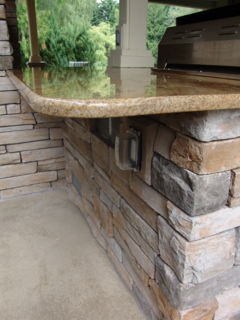 Outdoor Fireplaces traditional-patio
