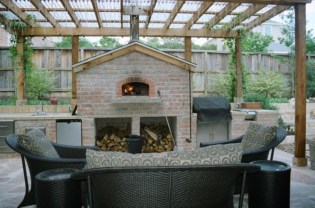 Outdoor Gable Roof Wood Fired Pizza Ovens Traditional