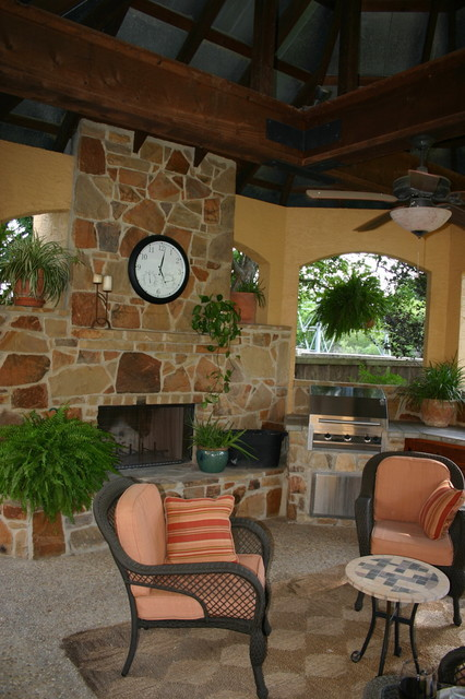 Outdoor Gazebo Living Area in San Antonio, Texas eclectic-patio