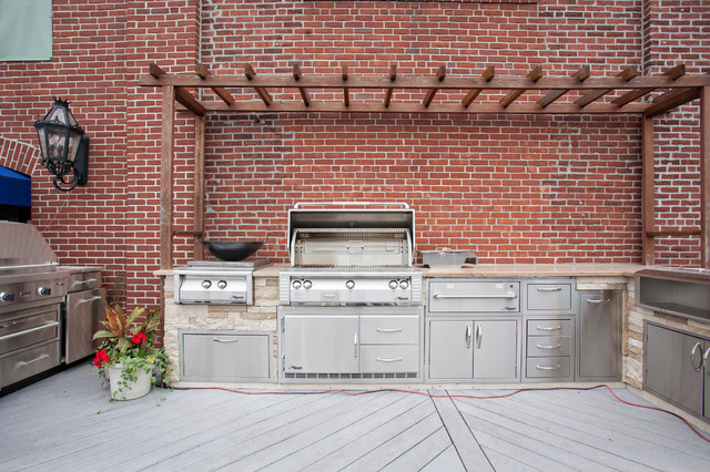 Outdoor Grills traditional-patio