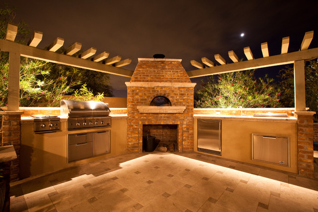 Mediterranean wood fired pizza oven - Outdoor Hip Roof Wood Fired Pizza Ovens Mediterranean Patio