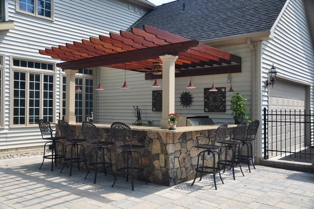 Outdoor Kitchen and Bar patio