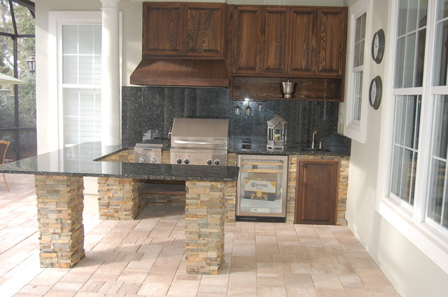 Outdoor Kitchen & Fireplace - Traditional - Patio - Jacksonville ...