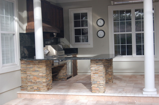 Outdoor Kitchen Fireplace Traditional Patio Jacksonville By Cascade Outdoor Design