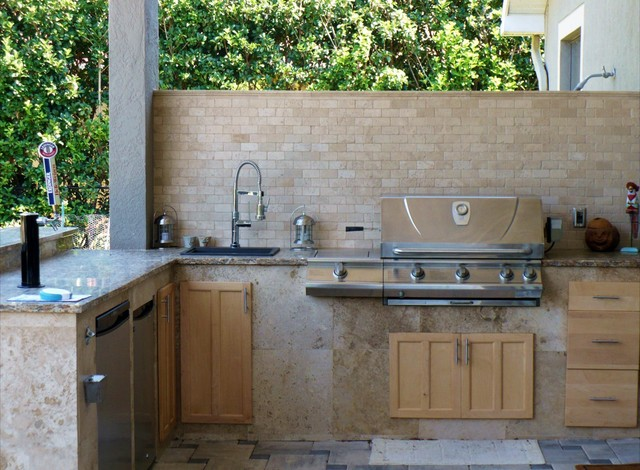 Outdoor Kitchen Living Space Traditional Patio Tampa By Rfl Inc