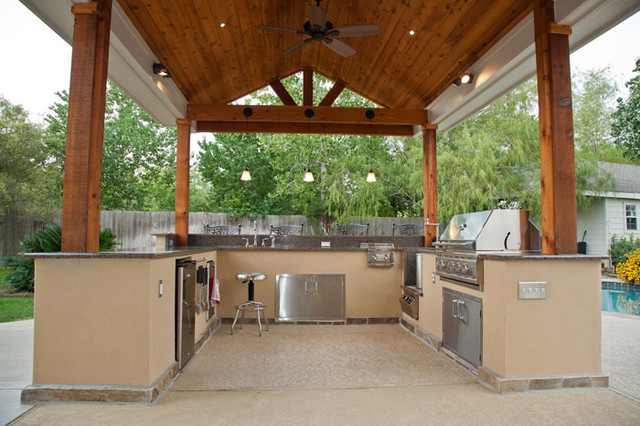 Outdoor Kitchen And Patio Cover In Katy Tx Traditional
