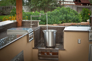 Outdoor Kitchen and Patio Cover in Katy, TX - Traditional - Patio - Houston - by Your Great Outdoors