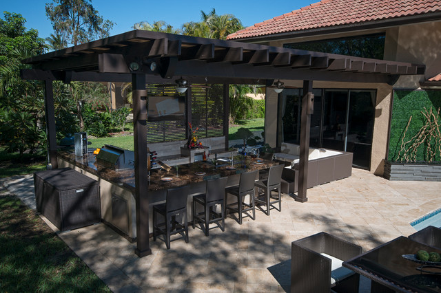 Outdoor Kitchen and pergola Project in South Florida - Traditional ...