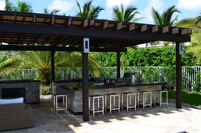 Outdoor kitchen And Pergola Project - Mediterranean - Patio - Miami ...