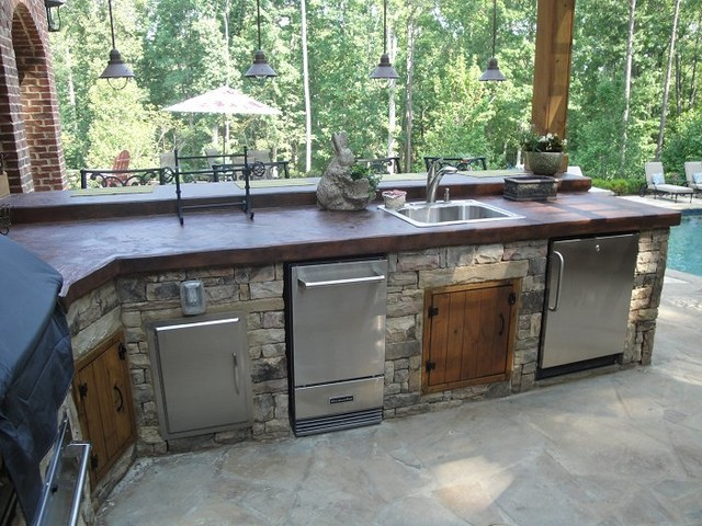 Outdoor Kitchen Bar And Grill Traditional Patio Atlanta By