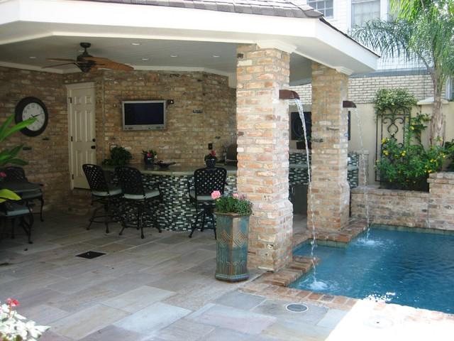 Outdoor Kitchen modern-patio