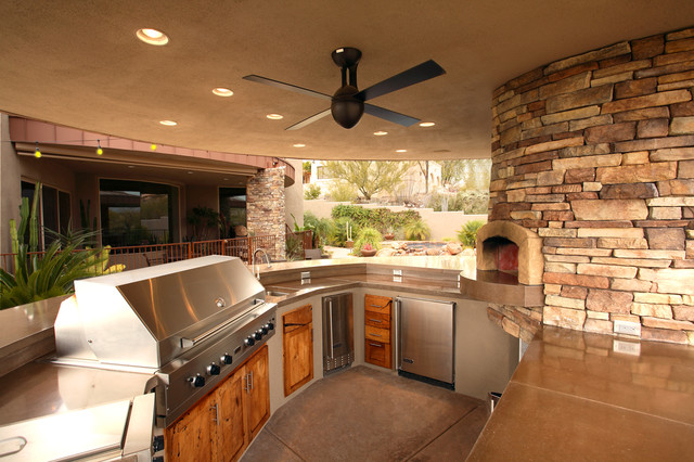 Outdoor kitchen traditional patio phoenix by mccaleb construction inc - Kitchen design for small areas ...