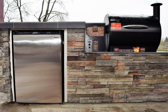 Outdoor Kitchen Smoker Built In Klassisch Patio Portland Von Sunset Outdoor Living Houzz