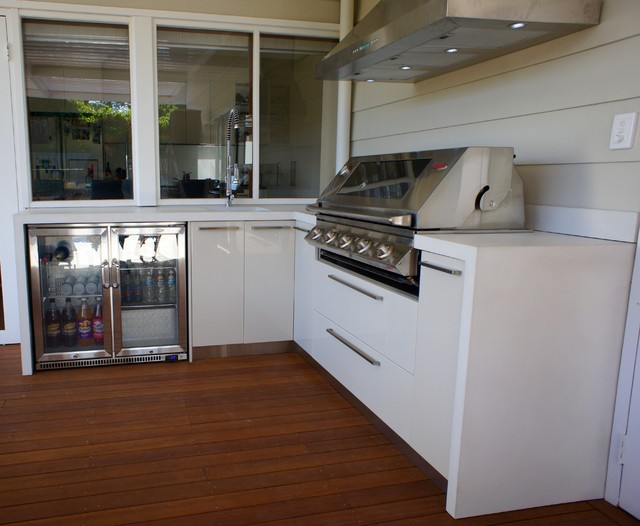Outdoor Kitchen With A White Polished Concrete Benchtop