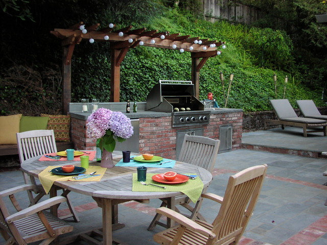 Outdoor Kitchens And Fireplaces Traditional Patio