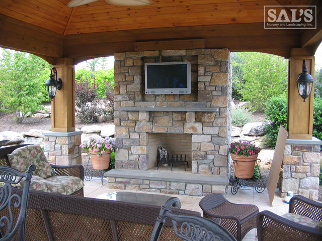 Outdoor Kitchens and Fireplaces traditional-patio