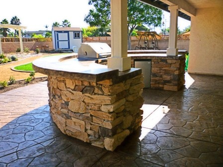 2012 San Diego Outdoor Kitchens traditional-patio