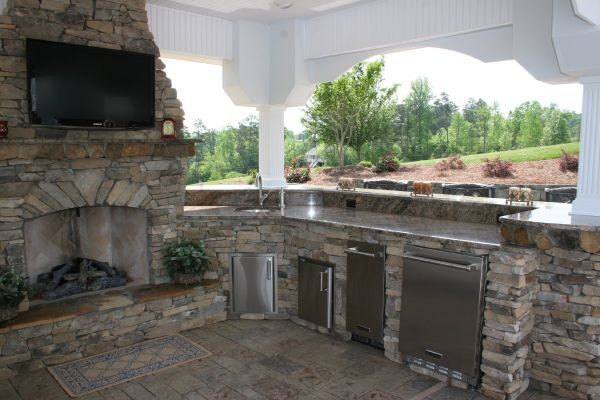 Outdoor Kitchens - Signature Concrete Design traditional-patio