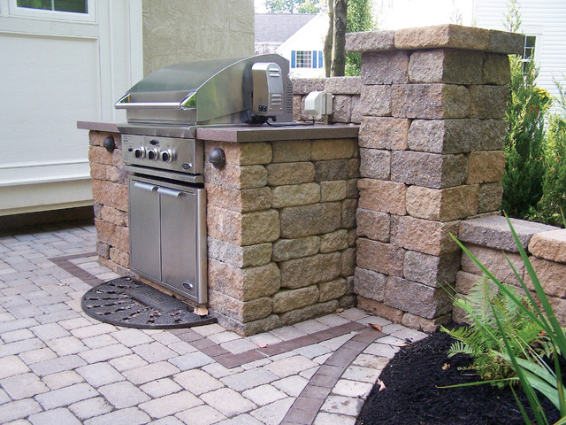Outdoor Kitchens Traditional Patio By Versa Lok