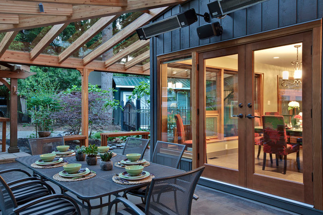 Outdoor Living Area Transitional Patio