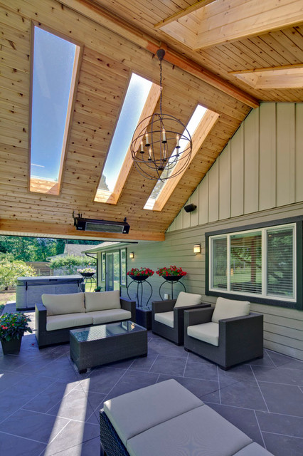 Outdoor Living Area With Skylight Traditional Patio