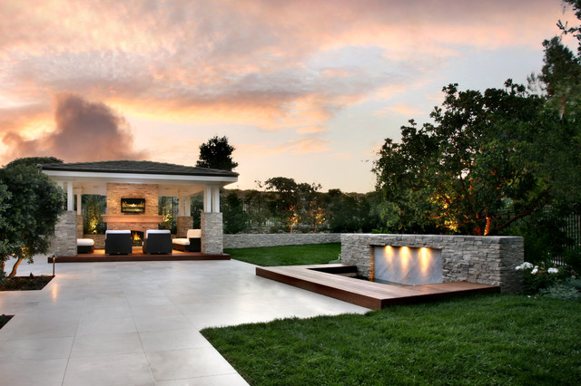 Outdoor Living Areas Contemporary Patio