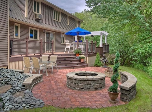 Outdoor Living Deck And Pergola Traditional Patio