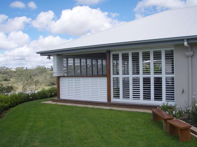 Outdoor Living   Enclosed Deck, Patio Or Porch Contemporary Patio