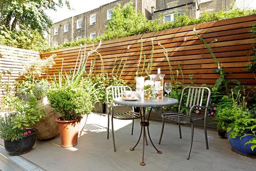 Outdoor Living: Gardens & Patios