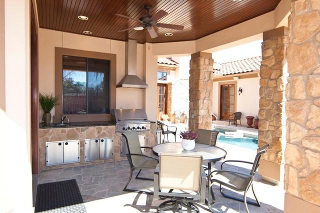 Outdoor Living mediterranean-patio