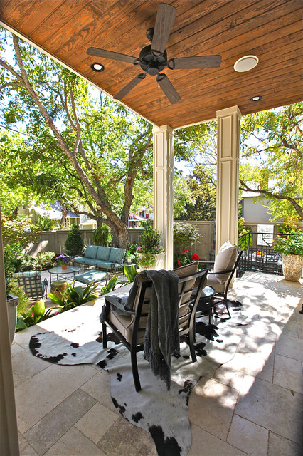 Outdoor living contemporary-patio