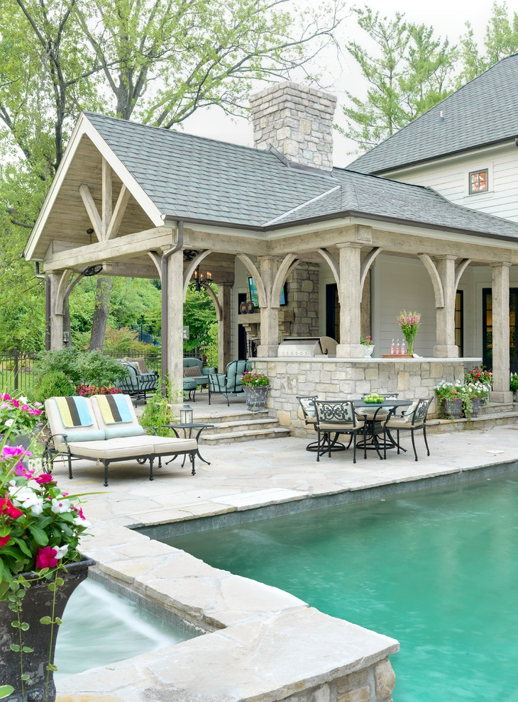 Example of a classic patio design in St Louis