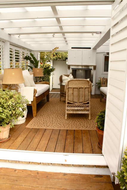 Outdoor Living Room traditional-patio