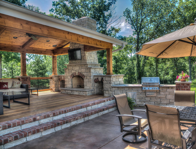 Outdoor living rooms traditional patio st louis by for Build covered patio