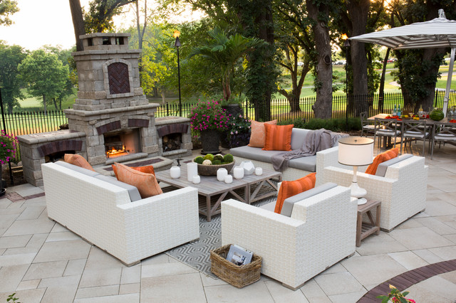 Outdoor living spaces modern patio other by r for Contemporary outdoor living spaces